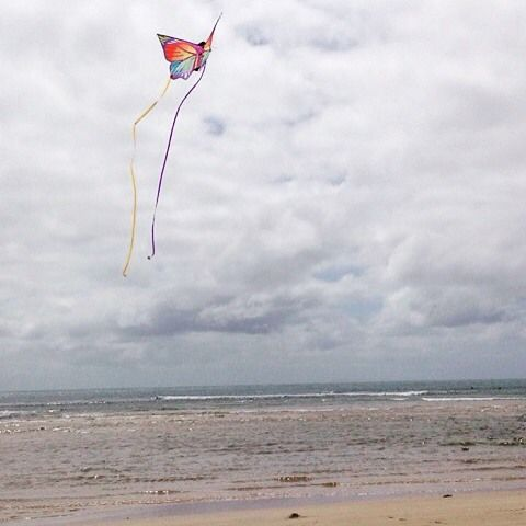 Spending the morning flying a kite at the beach is something everyone should do. These holidays remember to breathe and take time to go slow, enjoy this time and this moment! #livelife #breathe #beach #holidays #thatsdarling #enjoyit #move #goslow #beachtime #takeawalk #thislife #lovethis #makeithappen