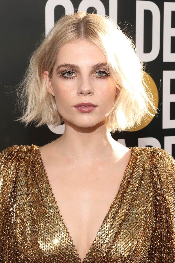 The Cool-Girl Bob That Will Dominate 2019 The advent of a new year typically brings with it the desire to overhaul your life and look. The easiest way...
