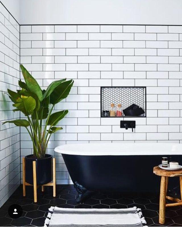 White Subway Tiles With Black Grout Design Badkamer Badkamer Badkamer Verbouwen