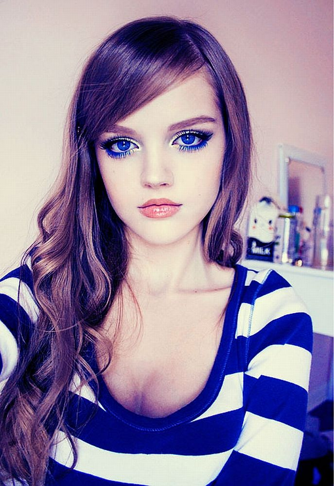 Dakota Rose..they may be contacts but her eyes amaze me