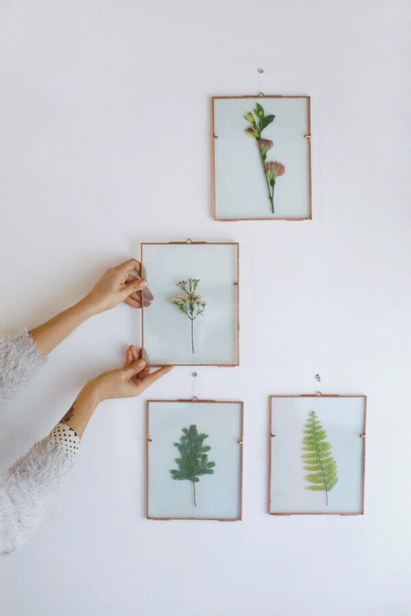 DIY Glass frame of leaves and flowers