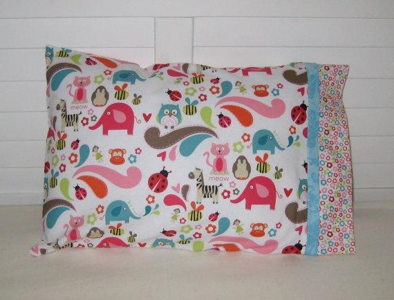 pillow case & 13 best Pillowcase Challenge images on Pinterest   Sewing ideas ... pillowsntoast.com