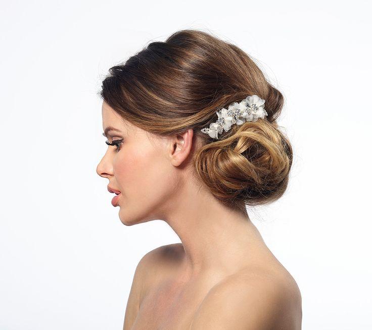 Romantisch haar accessoire van Poirier.