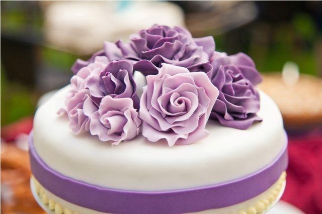 Lila Rosen für Hochzeitstorte  Hochzeitstorte  Pinterest  Suche