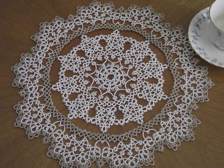 Tatted Doily,White & Light Mocha Lizbeth size 20, pattern from Tatted Treasures by Jan Stawasz