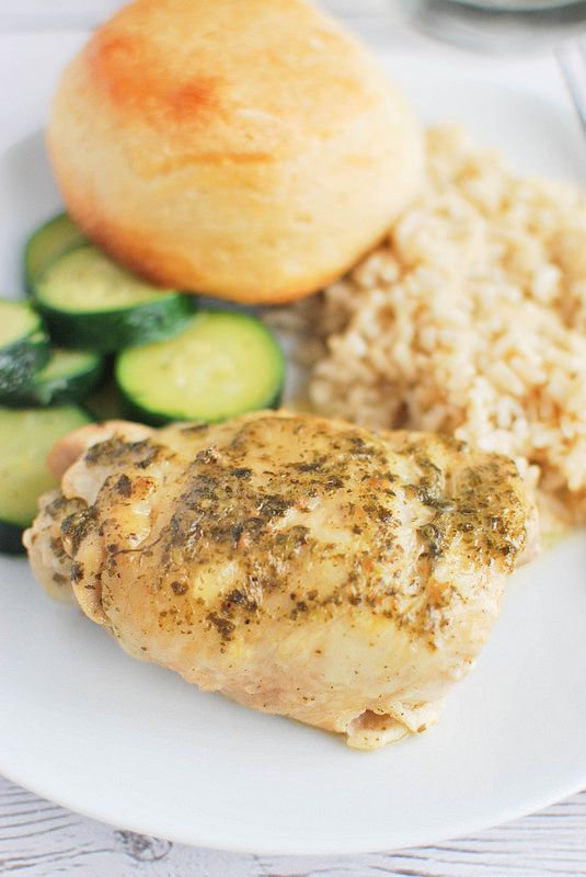 Crockpot Pesto Ranch Chicken Thighs - an easy and delicious crockpot chicken!
