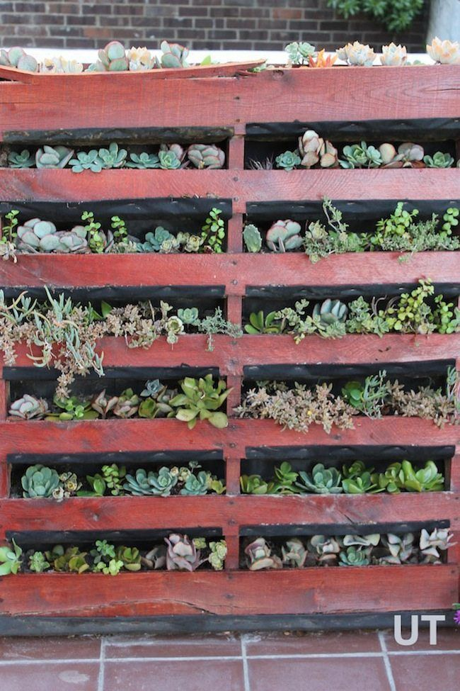 upcycled garden ideas vertical pallet planter