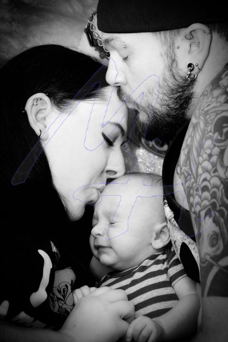 Family © Mya's Photography