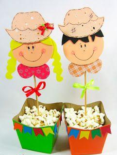 Faça vários deste centro de mesa para festa junina em EVA para decorar a sua comemoração (Foto: bijupamelamagalhaes.blogspot.com.br)
