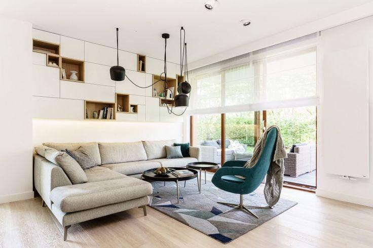 Minimalist Apartment in Gdynia by Dsgn Studio Dragon Art (2) 客廳 組合櫃
