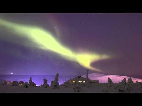 Полярное сияние в Леви в Лапландия в Финляндия