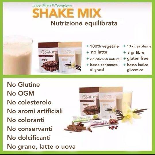 JP COMPLETE SHAKE MIX fornisce importanti vitamine e sali minerali, è semplice e rapido da preparare. In questo modo puoi utilizzarlo dove e quando vuoi.