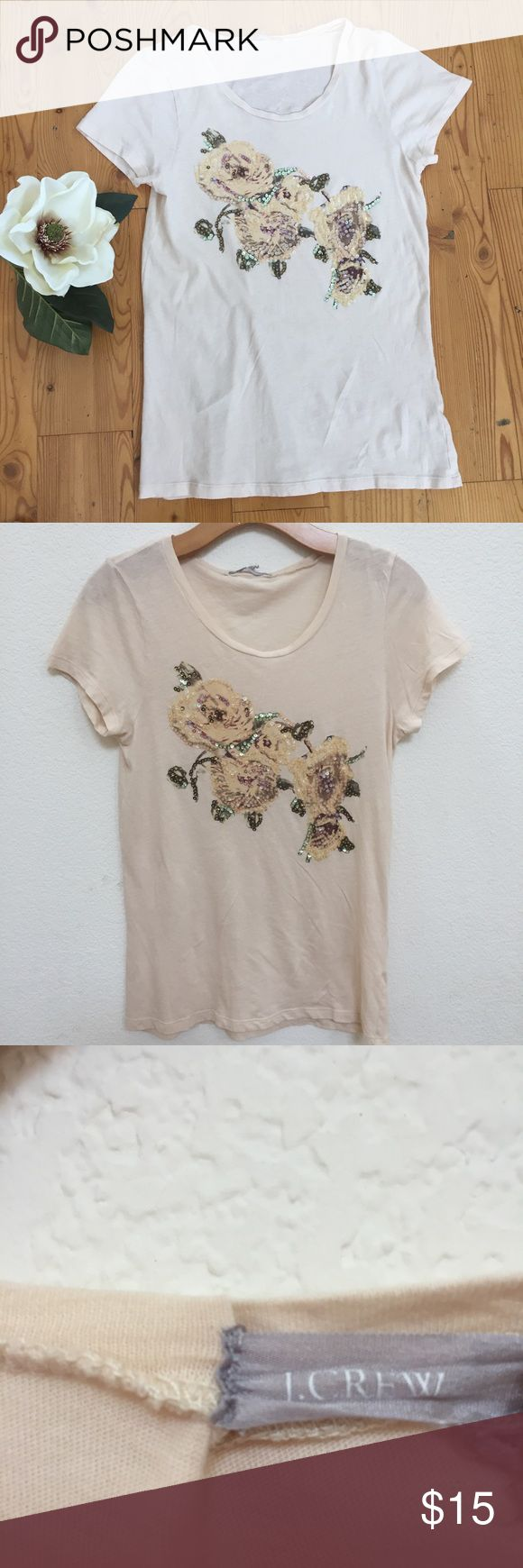 JCrew T Shirt Sz M Pre owned JCrew t-shirt, light peach color, short sleeves, very good condition, length 25, chest 16. J. Crew Tops Tees - Short Sleeve