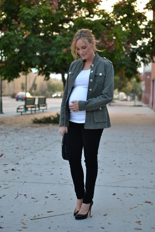 Military jacket #maternity style #pregnancy style