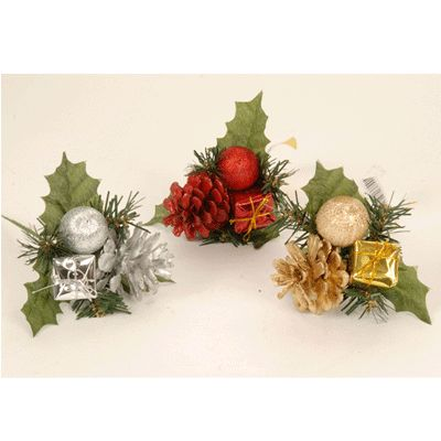 Decoratieve stekertje voor kerst. Een leuk en compleet kerst takje die je…