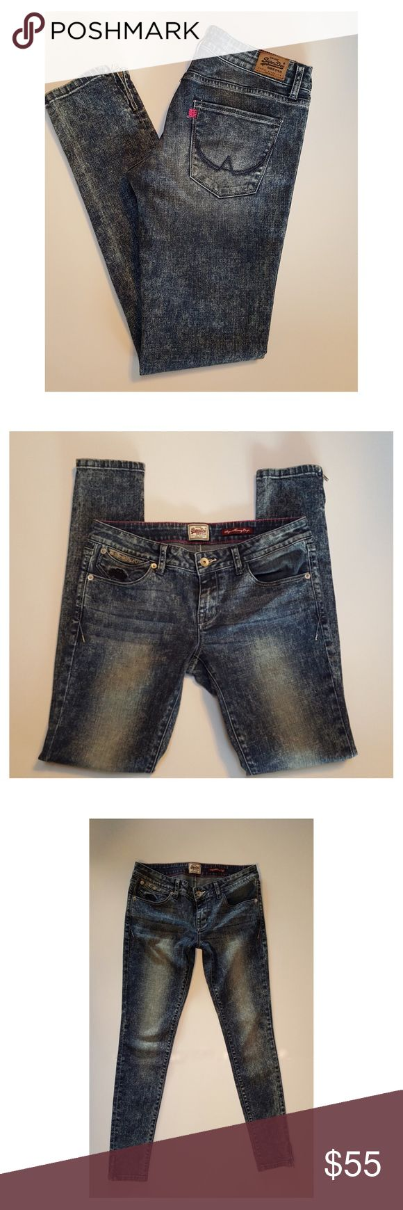 """Superdry Super Skinny Crop Jeans * Brand: Superdry  * Style: Super Skinny Jeans  * Size: 28W * Color: Blue  * Fabric: 99% Cotton 1%Spandex * Details: 5 Pocket Zip Fly Embroidered logo on coin pocket Zipper ankles. * Waist: 14"""" flat across * Hips: 17.5"""" flat across  * Front Rise: 7""""  * Inseam: 30"""" * Condition: Excellent prewashed. NO inside fabric tag* superdry Jeans Ankle & Cropped"""