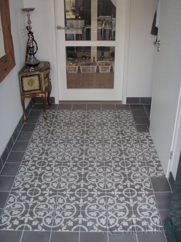Cement tiles hall gris 03 taupe project van cement tiles hallway - Tegels taupe ...