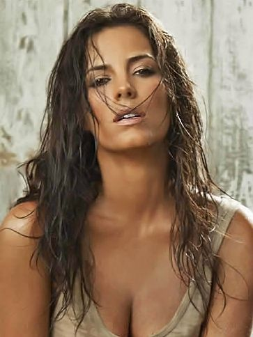 "María Gabriela ""Gaby"" Espino Rugero is a Venezuelan actress and model. She best known for her roles in telenovelas. Born: November 15, 1976 (age 36), Caracas, Venezuela Height: 5' 9"" (1.76 m)"