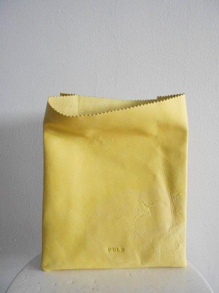 Не бумажный пакет.