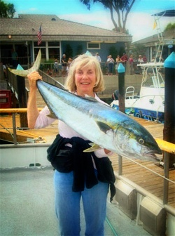 164 best images about girls women fishing on pinterest for Deep sea fishing dana point