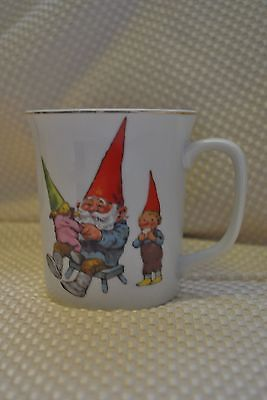 Rien Pourtvliet Family Life Gnomes Mug