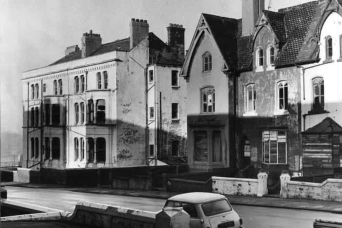 These houses stood on the site of Derby baths, now demolished.