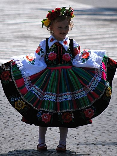 Folk costume of Łowicz, Poland