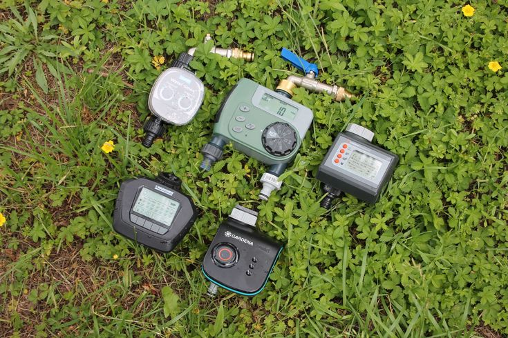Der beste Bewässerungscomputer - AllesBeste.de Bewässerungscomputer nehmen einem das tägliche Gießen ab –auch wenn man im Urlaub ist. Doch alle Geräte haben auch Nachteile. Wir haben fünf Bewässerungscomputer getestet. Testsieger wurde der Klassiker Gardena Easy Control. https://www.allesbeste.de/test/der-beste-bewaesserungscomputer/ #AllesBeste #Test #Bewässerungscomputer #Bewässerungsuhr #GardenaEasyControl #GardenaSmartControl #KärcherWT4 #OrbitBuddyII #Pl