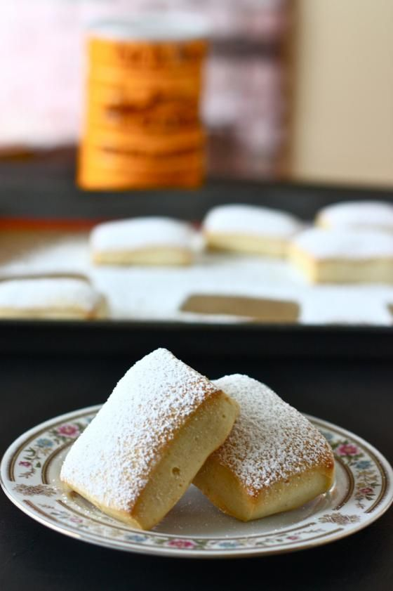 Oven baked beignets - From bowl to mouth in one hour and not fried but baked in the oven!