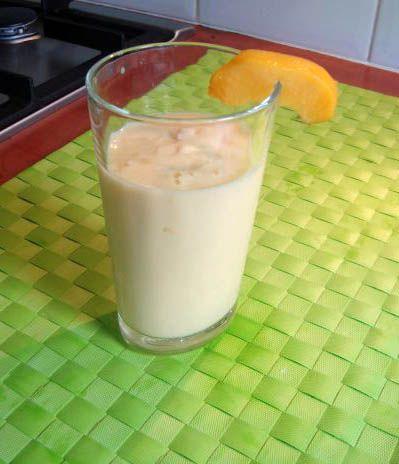 Heerlijk zijn de fruitshakes vooral de Amandel perzik yoghurtshake is een lekkere aanrader! Ook lekker tijdens de warme zomer dagen als een verkoeler of als een lekker tussendoortje.