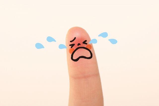 こどもが扉で親指を挟んでしまい爪が剥がれ 親指が化膿してしまった話 大島優子 拓哉 して