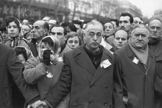 Κηδεία των θυμάτων της διαδήλωσης που έγινε στις 7 Φεβρουαρίου στο Παρίσι, υπέρ της ανεξαρτησίας της Αλγερίας 1962