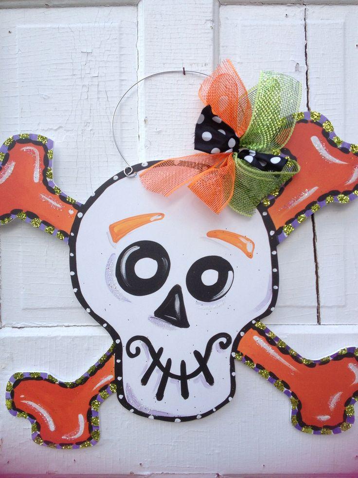Happy Skeleton Halloween door hanger. www.pinderellas.com Frisco Mercantile #friscomercantile #pinderella