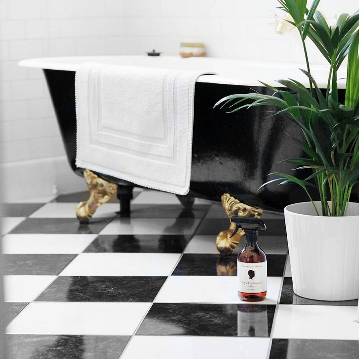 A bathroom fit for a Future King and Queen! We may not have the clawfoot bath, or the checkerboard marble tiles, but we've got the same luxurious bathroom cleaner. Baby steps.  Image by @thefkq