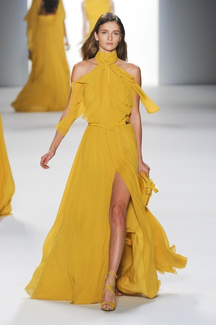 Robe de soiree couleur moutarde
