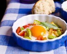 Œufs cocotte Croq'Kilos au chèvre et petits légumes : http://www.fourchette-et-bikini.fr/recettes/recettes-minceur/oeufs-cocotte-croqkilos-au-chevre-et-petits-legumes.html