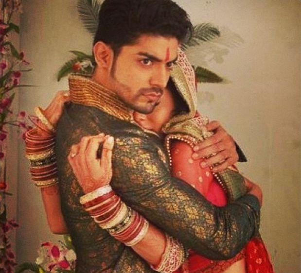 Drashti Dhami & Grumeet Choudhary as Geet and Maan ~~ Geet Hui Sabse Parayi