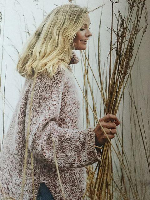 Ravelry: Spettet genser med høy hals pattern by Dorthe Skappel