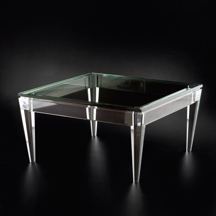 enchanting green glass table with four feet beautiful diamonds and have wide enough field with excellent glass material