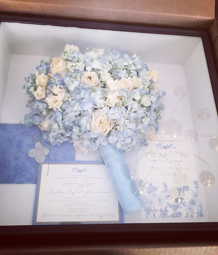 Special thanks to Floral Memories by Becky for this beautiful shadow box preserving Lindsay's bouquet and invitation flowers by Fleur de Lys Floral New Haven! #ccblct #ccbl #floralmemoriesbybecky #fleurdelysfloral #preservedweddingbouquet #weddinginspo #weddinginspiration #weddingplanner #weddingdesigner #ladyboss #wegotthis #gettingitdone #hustle #weddingwednesday