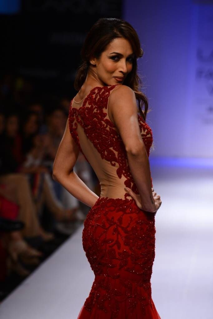 Malaika Arora Khan ~~Simply loved the designs showcased by Sonaakshi Raj at LFW 2014 ~ one of my fav this season