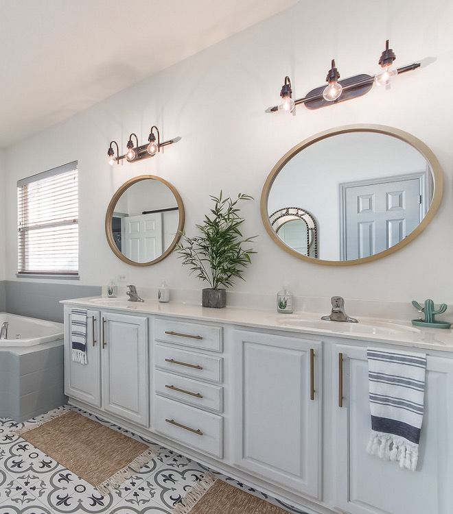 Best Chantilly Lace By Benjamin Moore How To Paint Bathroom 400 x 300