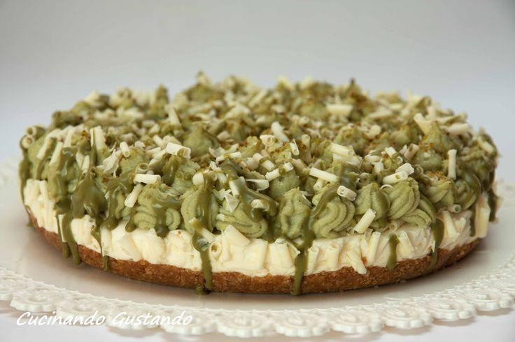 Cheesecake pistacchio e cioccolato bianco