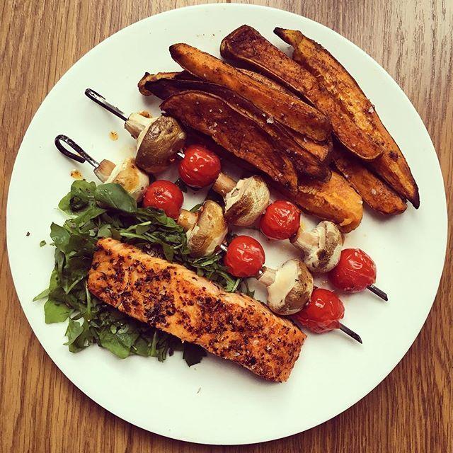 Clean Eating Alice: Salmon, Veggie Kebabs + Sweet Potato Wedges