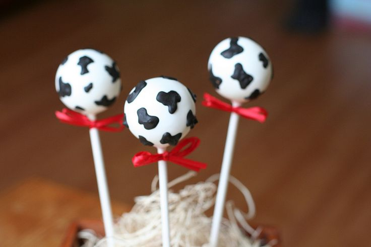 Cow Print Cake Pops | Flickr - Photo Sharing!  MOO!  animal cake pops, cow hide, cow print cake pops, western cake pops, western party ideas, cowboy party ideas