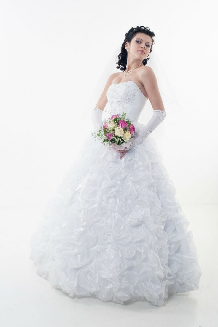Wonderful wedding gown albums for your favorite inspirations today