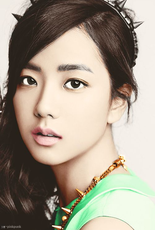 Kim Jisoo Pink Punk YG Trainee Flawless Korean