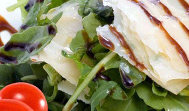 Τα Μυστικά της Παν..ωραίας: Καταπληκτική σαλάτα ρόκα-σπανάκι με σως μουστάρδας-μελιού!!