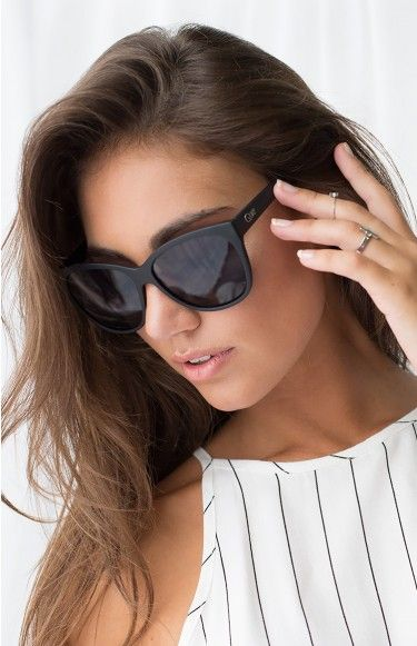 Shop Jennifer Lopez's Quay Sunglasses Collection | Revelist