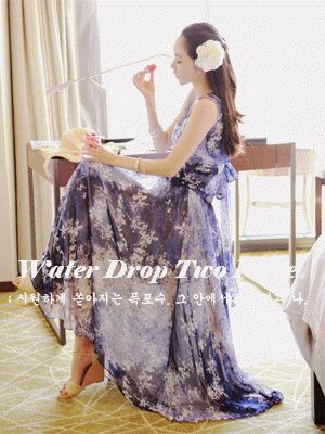 Korea feminine clothing Store [SOIR] Waterfall Chiffon two-piece / Size : FREE / Price : 45.34 USD #korea #fashion #style #fashionshop #soir #feminine #romantic #honeymoon #dress #twopiece